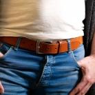11702_classic_stitched_belt_cognac_Sven_hands_bluejeans_2000px.jpg